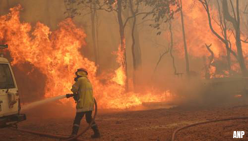 Brand bedreigt Australische stad Perth tijdens grote lockdown