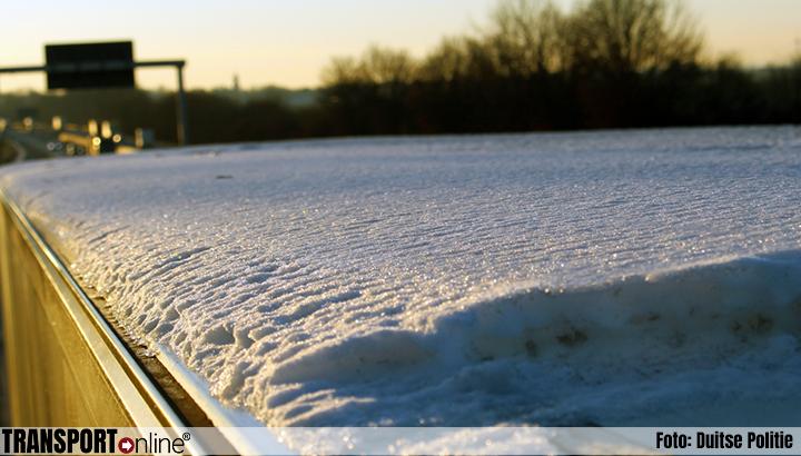Opnieuw ongevallen én boetes voor afvallend ijs op Duitse snelwegen [+foto's]