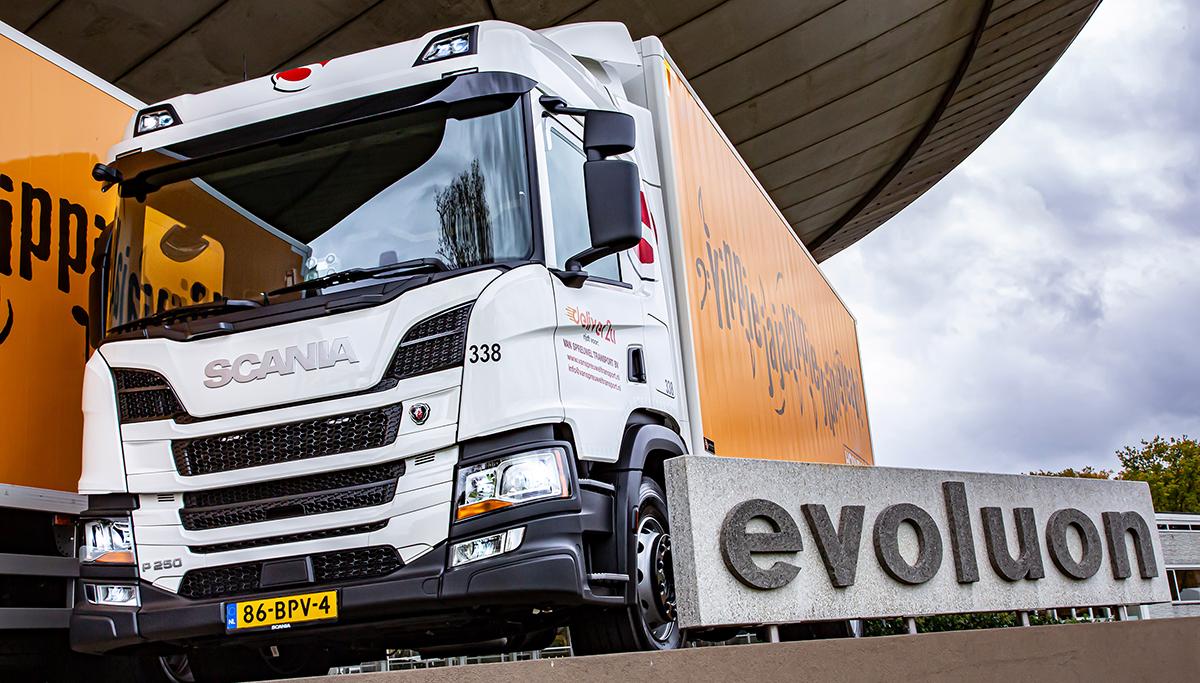 Vijf nieuwe Scania's voor Frank van Spreuwel