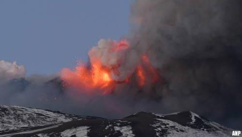 Siciliaans vliegveld weer open na uitbarsting Etna [+video]