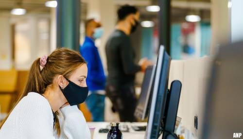 Bonden: werknemers vrezen corona op te lopen op werkvloer