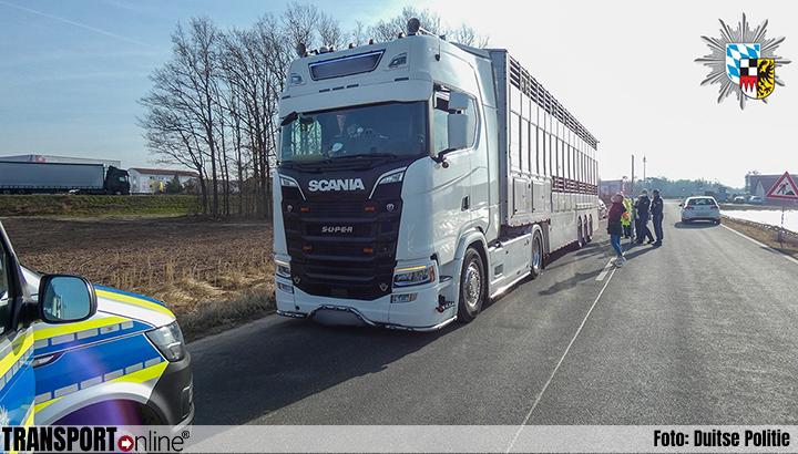 Relatief onschuldig ongeval draait uit op fikse boetes voor vrachtwagenchauffeur [+foto]