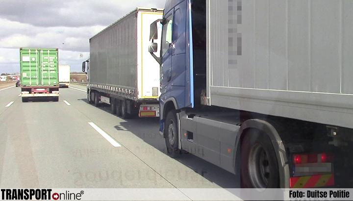 Duitse politie controleert op afstand en afleiding in het verkeer [+foto's]
