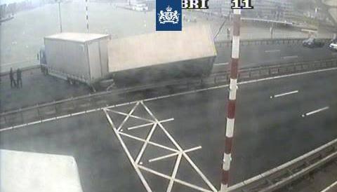 (Vracht)verkeer heeft last van storm Evert [+foto's]