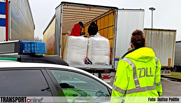 Drie minderjarige vreemdelingen ontdekt in vrachtwagen [+foto]