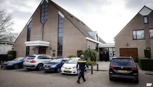 Bestuur Sionkerk Urk noemt journalisten bij kerk terroristen