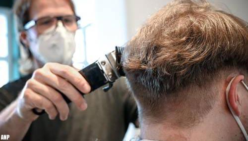 Drukte bij kappers en schoonheidssalons na maandenlange sluiting
