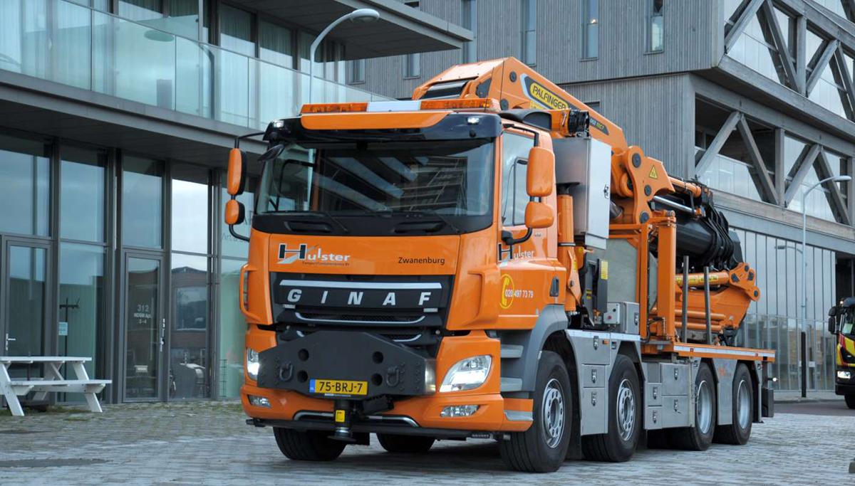 Nieuwe Ginaf 8x4 WS voor Hulster Transport & Containerservice