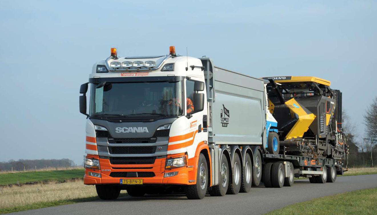 Nieuwe Scania R450 10x4 Quadro voor jubilerend Veenstra Transport