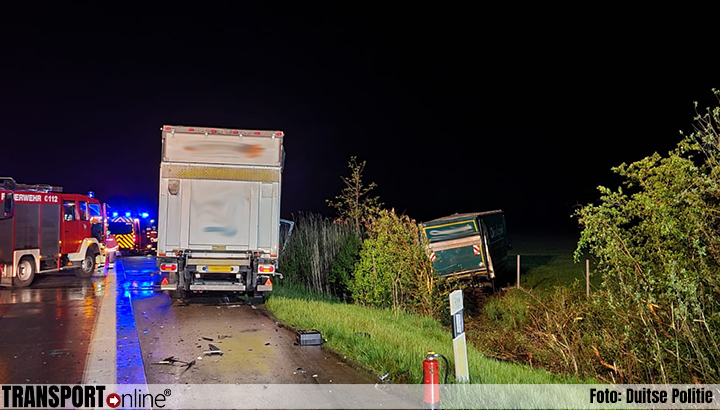 Twee vrachtwagenchauffeurs, waaronder Nederlandse, gewond bij ongeluk op Duitse A1 [+foto's]