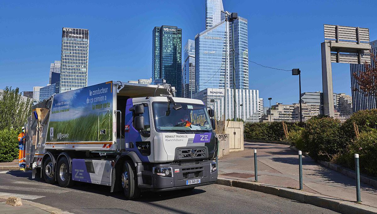 Tien Renault Trucks D Wide Z.E. voor SUEZ