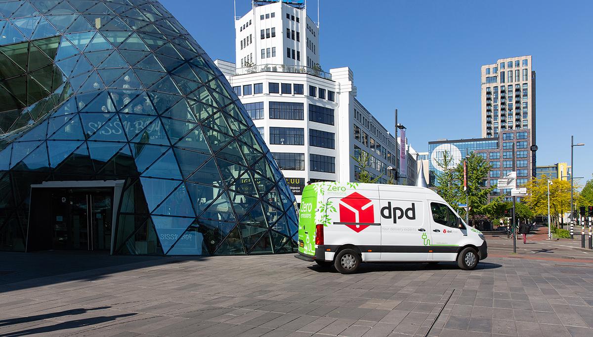 Na Amsterdam en Haarlem nu ook elektrische DPD bussen in Eindhoven