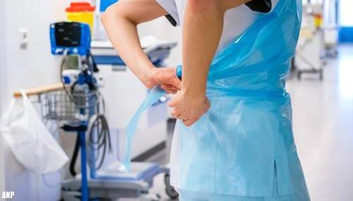 Medewerkers verpleeghuizen en thuiszorg mogen stoppen na 45 jaar