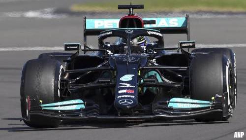 Hamilton wint GP Groot-Brittannië en loopt in op Verstappen