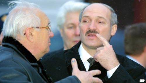 President Belarus beveelt sluiting grens met Oekraïne