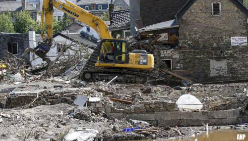 Vlaamse minister kondigt grote schoonmaak aan langs Maas