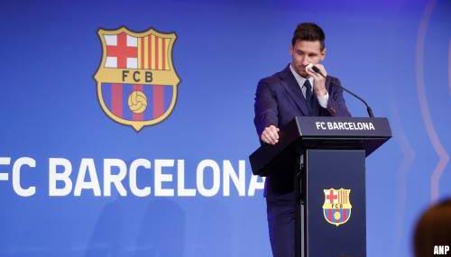Messi verlaat Barcelona en vliegt richting Parijs [+video]