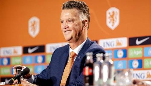 Van Gaal denkt ook aan systeem met drie aanvallers voor Oranje