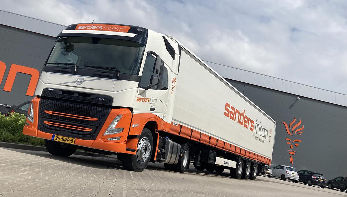 Twee nieuwe Volvo FM's voor Sanders|Fritom