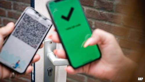 Corona-apps van de overheid staan op miljoenen telefoons