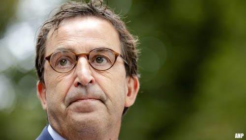 OMT-leden: geen handhaving coronapas is geen versoepelingen