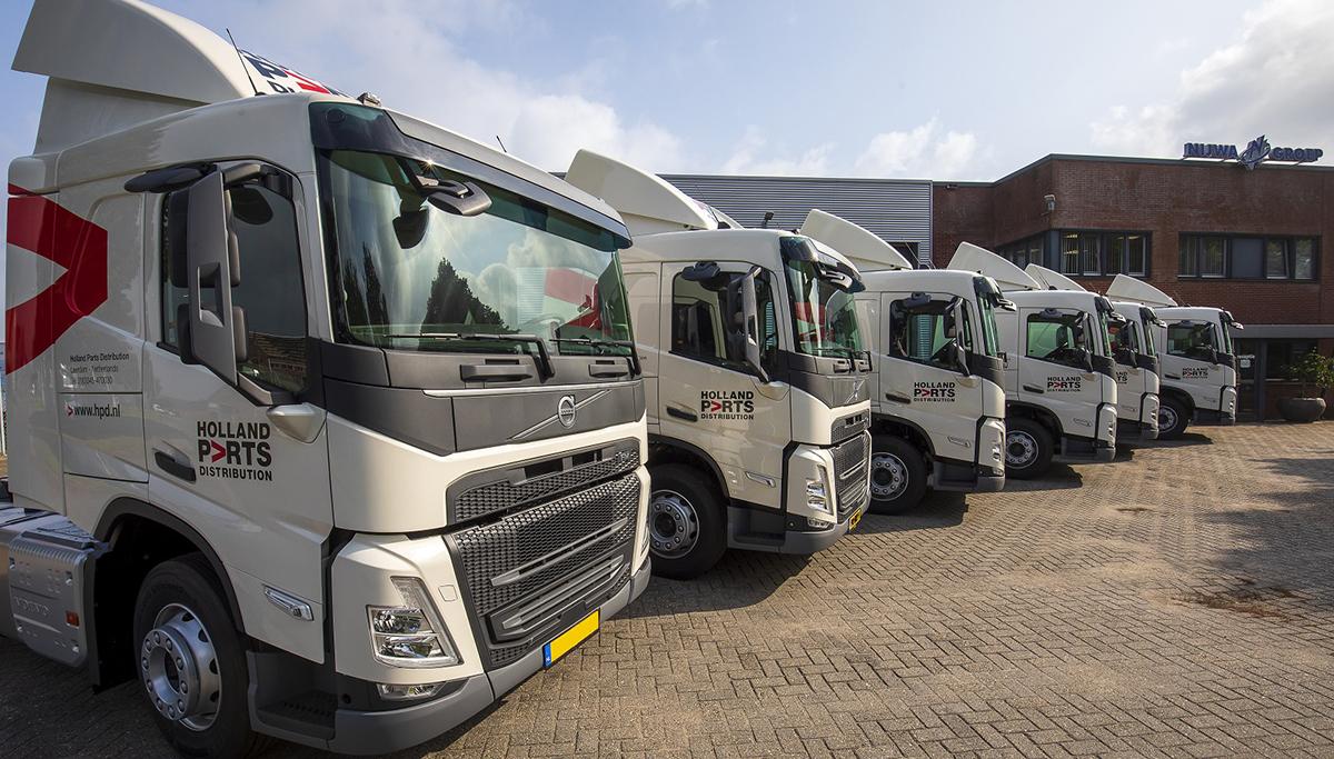 Holland Parts Distribution neemt nieuwe trekkers in ontvangst