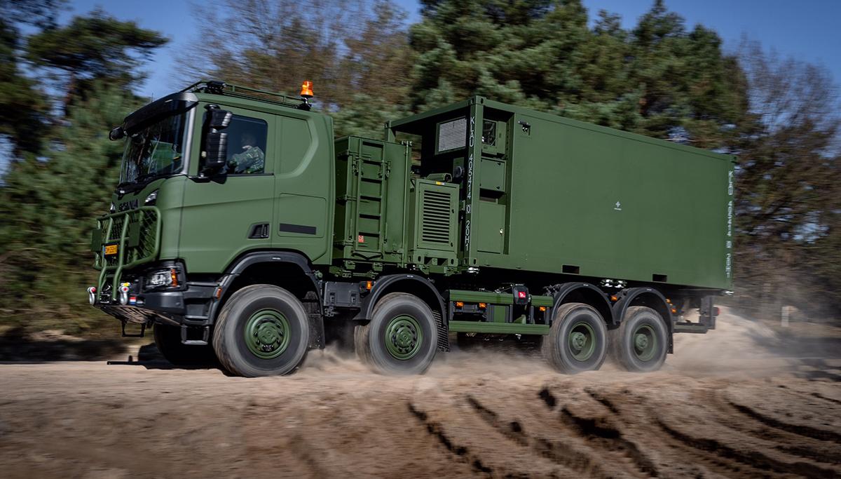 Een Scania Gryphus-variant van defensie mag voorlopig niet openbare weg op vanwege hoogte