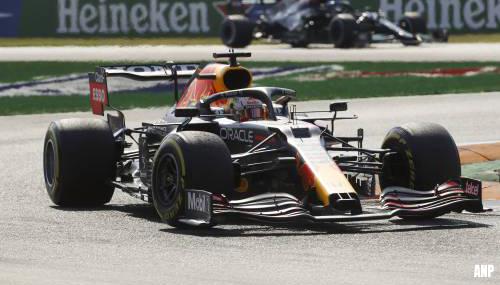Verstappen en Hamilton botsen op Monza en vallen uit [+video]