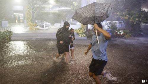 Tornado's in New Jersey en wateroverlast in New York door Ida
