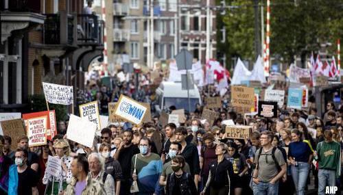 Demonstranten woonprotest gearriveerd op Dam
