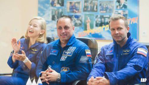 Russische filmcrew weer terug op aarde na opnames in de ruimte