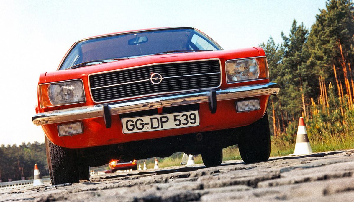 Opel Rekord D: miljonair uit Rüsselsheim wordt 50 jaar