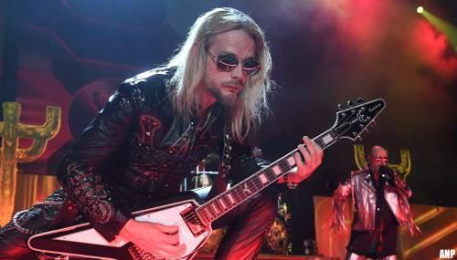 Judas Priest-gitarist Richie Faulkner kreeg aorta-aneurysma op podium
