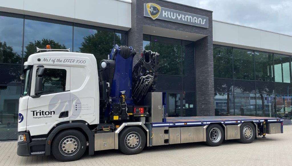 Nieuwe Scania met eerste Effer 1000 autolaadkraan voor Triton Transport Techniek