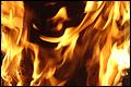 Vrachtwagenchauffeur levend verbrandt in zijn cabine [+foto's]
