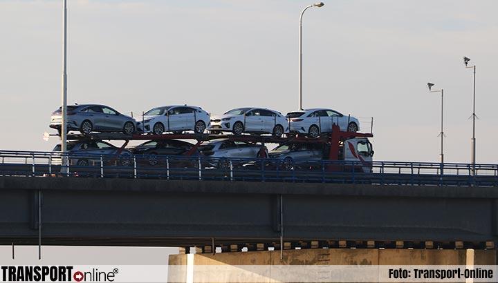 Moeizaam herstel autobranche