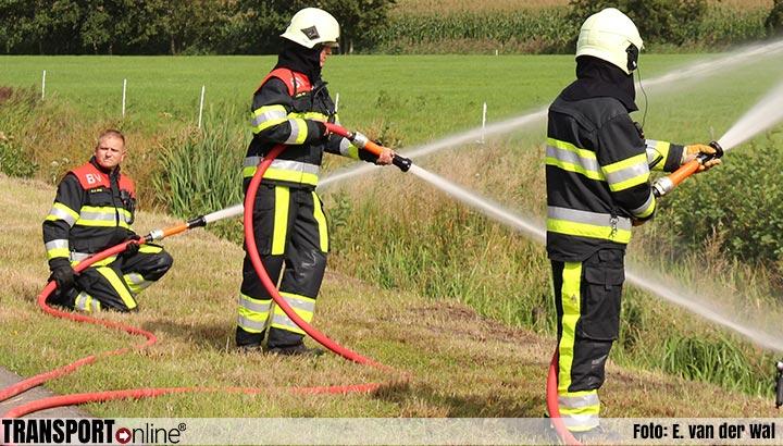 Goederentrein met vastgelopen remmen zorgt voor verschillende bermbrandjes