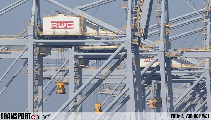Terminals in Rotterdam afgesloten vanwege harde wind