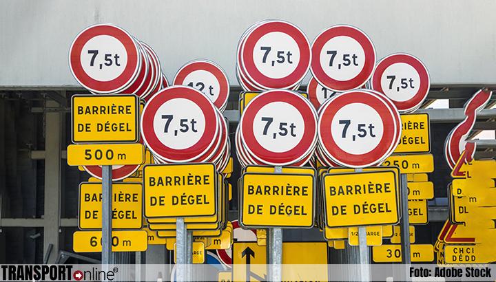 Let op: dooi-barrières voor vrachtwagens van kracht op bepaalde Franse wegen
