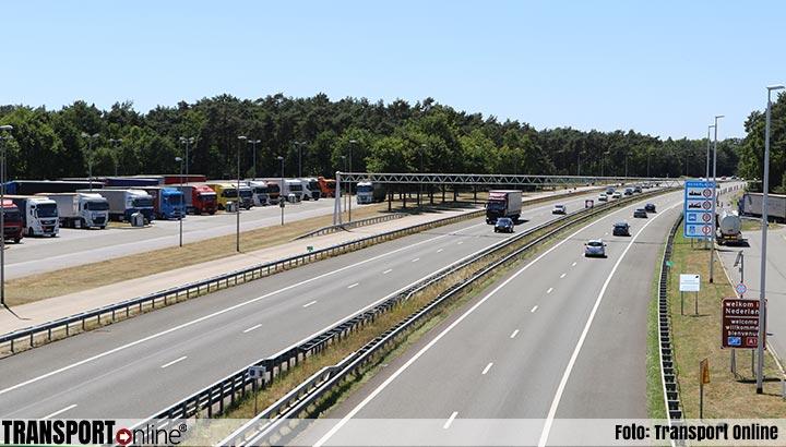 Berlijn overweegt grens te sluiten voor onnodig verkeer uit Nederland