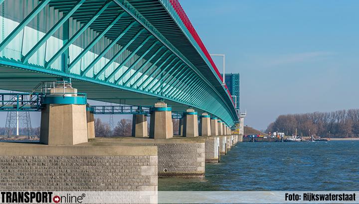 Uitstel verkeersbeperkende maatregelen en 2x2 rijbanen op Haringvlietbrug
