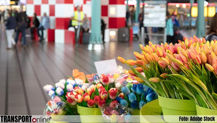 'Toch geen gedwongen ontslagen winkelpersoneel Schiphol'