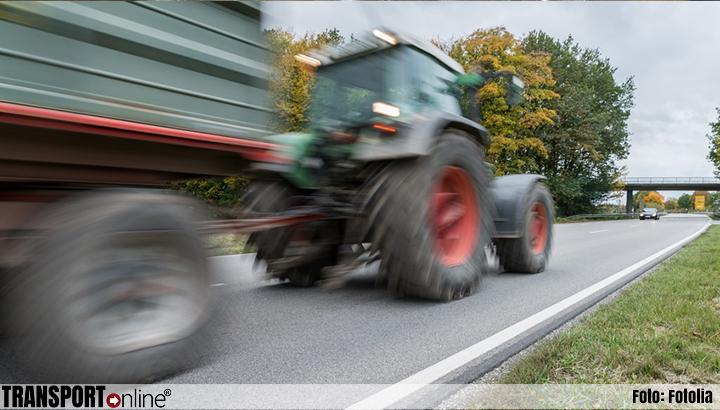Boerenprotest Den Haag: tractoren rijden rondjes over Malieveld