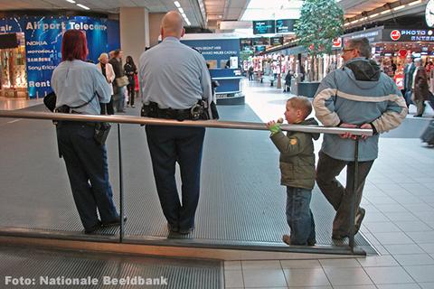 Staking beveiligers Schiphol van de baan na akkoord bonden en werkgevers